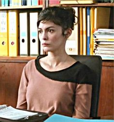 Audrey Tautou's sweaters in Delicacy.
