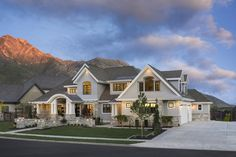 Craftsman Style House Plan - 6 Beds Baths 6680 Sq/Ft Plan Exterior - Front Elevation - H Luxury House Plans, Dream House Plans, House Floor Plans, My Dream Home, Dream Houses, 6 Bedroom House Plans, Luxury Houses, Large House Plans, Br House