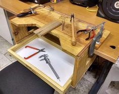 Build a Jewelers workbench from an old coffee table, It& . Woodworking Jointer, Fine Woodworking, Woodworking Apron, Jewelers Workbench, Jewelry Scale, Old Coffee Tables, Jewellers Bench, Campaign Furniture, Tool Shop