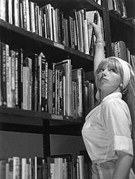 FOTOGRAFÍA - CINDY SHERMAN  -  Untitled Film Stills (Fotogramas Sin Título, 1977)