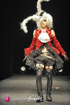 130224-6926: VANTAN student graduation fashion show