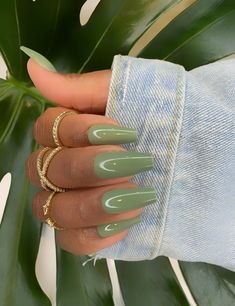 Coffin Press On Nails, Acrylic Nails Coffin Short, Simple Acrylic Nails, Summer Acrylic Nails, Best Acrylic Nails, Acrylic Nails Green, Coffin Shape Nails, Simple Stiletto Nails, Dark Green Nails