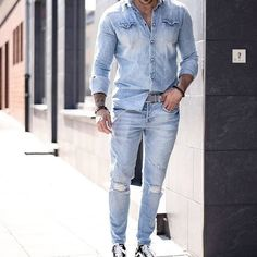 Denim on denim from @gentwithstreetstyle   or ?