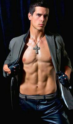 Picture of Drew Pare Leather Driving Gloves, Leather Gloves, Leather Jeans, Black Leather, Shirtless Men, Male Figure, Bellisima, Hot Guys, Style Me