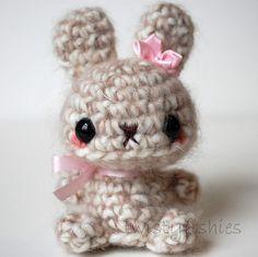 Brown Bunny - Kawaii Amigurumi