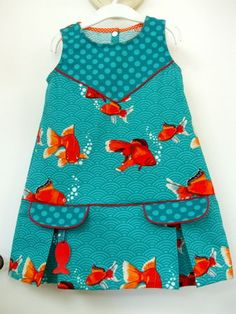 Les p'tits pois sont bleus – C'est Dimanche Addicts - Autos Online Ankara Styles For Kids, African Dresses For Kids, Latest African Fashion Dresses, Dresses Kids Girl, Little Girl Dresses, Girls, Toddler Dress, Toddler Outfits, Kids Outfits