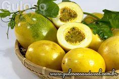 O maracujá é mesmo calmante e auxilia emagrecer? O Maracujá É Mais do que um Delicioso Suco!  Artigo aqui => http://www.gulosoesaudavel.com.br/2013/11/18/maracuja-da-nos-mais-delicioso-suco/
