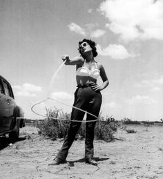 Elizabeth Taylor on the set of Giant in Marfa, Texas photographed by Frank Worth, 1955