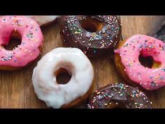 DONAS GLASEADAS | MATIAS CHAVERO - YouTube Cake Boss, Chocolate, Doughnut, Donuts, Food And Drink, Make It Yourself, Desserts, Youtube, Cocktail