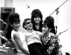 ronettes + phil & his unmistakable sound..