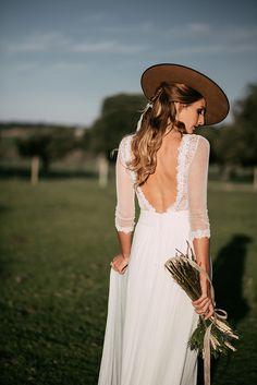 Novia de campo Miss Cavallier en Finca La Vide  Foto @saralobla Vestido @josemariapeiró MUAH @ouinovias  #weddinginspiration #weddingdress