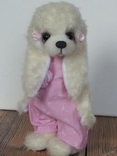 Marie by Schnueff-Bears - Bear Pile Panda Bear, Polar Bear, Teddy Bear, Wombat, Lemur, Orangutan, Chinchilla, Chipmunks, Otters