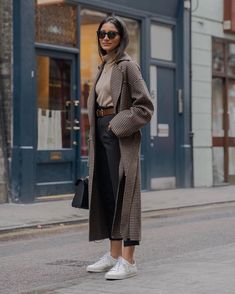 winter outfits blackgirl winter outfits casual,winter outfits cold,winter outfits for teen girls,winter outfits formales. Winter Outfits For Teen Girls, Comfy Fall Outfits, Winter Outfits For Work, Winter Outfits Women, Casual Winter Outfits, Winter Fashion Outfits, Winter Outfits 2019, Black Women Fashion, Look Fashion
