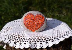 Desk decor Desk accessories Sea stones I love от MariannaArtStones Heart Painting, Stone Painting, Rock Painting, Stone Heart, Happy Heart, Desk Accessories, Rock Art, Painted Rocks, Valentines Day