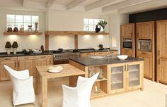 Landhaus Küche In Moderner Ausführung
