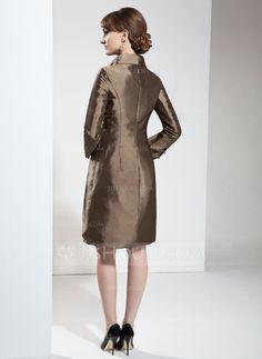 Sheath/Column Scoop Neck Knee-Length Taffeta Mother of the Bride Dress (008006137)