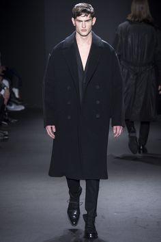 Calvin Klein Collection Fall 2016 Menswear Fashion Show