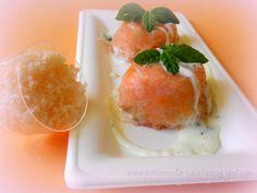 DOLCEmente SALATO: Cupole di salmone con salsa di yogurt alla menta - Ricetta rosa per una nobile causa
