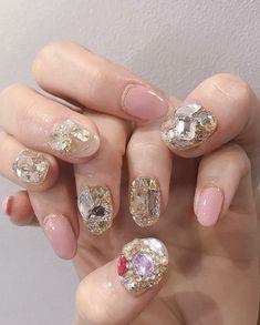 Iphone Wallpaper Sky, Les Nails, Korean Nails, Nail Art Pictures, Minimalist Nails, Short Nail Designs, Nail Accessories, Cute Acrylic Nails, Lash Extensions
