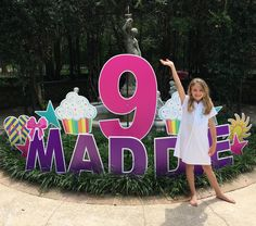 Yard Greeting rental in NOLA and the Northshore. Celebrate BIG with Sign Gypsies Northshore or NOLA! We set up before your event and come pick up your greeting 24 hours later. Happy Birthday Yard Signs, Diy Birthday, Birthday Party Decorations, Birthday Parties, 1st Grade Crafts, Yard Party, Party Signs, Balloons, Picnic