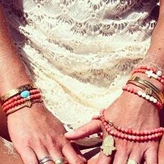Bracelets et colliers @bijouxleone #bijouxleone