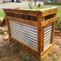 no-cost pallet and old metal bar