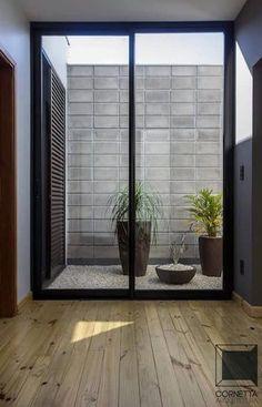 Beautiful courtyard and backyards Indoor Courtyard, Internal Courtyard, Courtyard House, Indoor Garden, Home And Garden, Casa Patio, Garden Design, House Design, Apartment Balconies