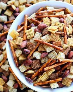 This Salt 'n Vinegar Snack Mix is perfect for parties game day or any day! Recipe link is in my profile! @bluediamond #ad by twopeasandpod