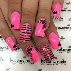 33 Hot Pink Nail Art