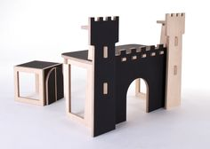 Children's desk / Forteresse