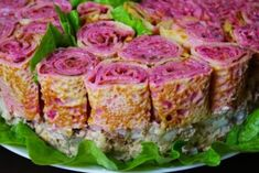 Салат на праздник «Букет роз» Crepes, Cooking Recipes, Healthy Recipes, Tuna, Sushi, Sandwiches, Deserts, Food And Drink, Appetizers