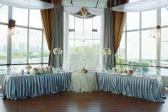 Head Table #backdrop #headtable #groom #bride #wedding #flowers #crystals