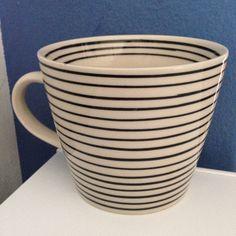 Black and white stripy mug.