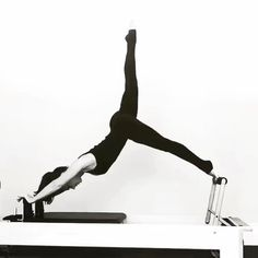 This is my favourite version of #arabesque - with hands on the #shoulderblocks…