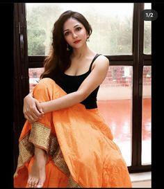 College Outfits, Sari, Fashion, Saree, Moda, Fashion Styles, Fashion Illustrations, Saris, School Outfits
