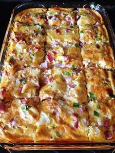 Farmer's Casserole 3 cups frozen hash browns cup shredded monterey jack pepper cheese 1 cup cubed cooked ham cup green onion, well chopped 4 well beaten eggs 1 ounce) can evaporated milk teaspoon black pepper teaspoon salt Directions