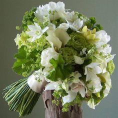 Bruidsbloemwerk | Biss Floral | Bloemen, Workshops en Arrangementen | Bruidsbloemwerk Bruidswerk Trouwen Trouwerij Bruidsboeket