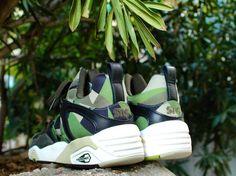 Puma X Sns Blaze of Glory Available in store and online.  #puma #pumaxsns #sneakersnstuff #bog #pumabog #pumalife #pumablazeofglory #blazeofglory #igsneakercommunity #kotd #todayskicks #wdywt #solecollector #solenation #kicksonfire #madrid #Malasaña #noirfonce