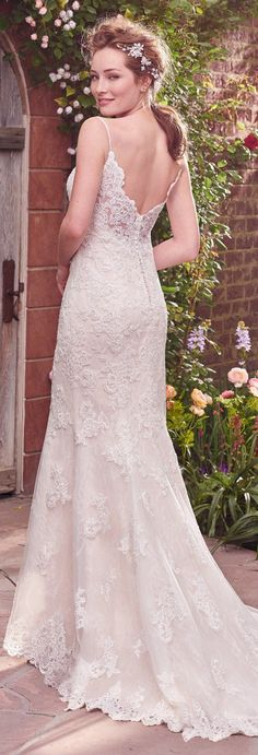 Rebecca Ingram Wedding Dress | @maggiesottero #rebeccabride #rebeccaingram