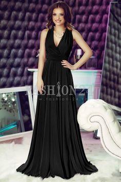 Este una dintre acele rochii de seara lungi, cu decolteu adanc, fara maneci, cu talia marcata si cu un spate conceput in mare fel.  Rochii de ocazie Fashion-24. Pale Pink, Turquoise, Formal Dresses, Green, Hollywood, Outlet, Romania, Mall, Fashion