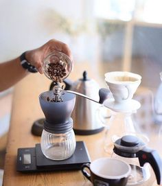 Dosing our favorite the Hario Skerton perfect for Pour Over with 100g capacity! Shop Ginders @alternativebrewing Link in Bio  Same Day Dispatch |by @_awor
