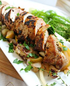 Quick and Easy Pork Tenderloin Recipe With Apple, Thyme and Mustard