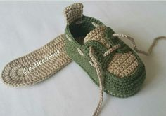 Best 11 Mayra Oviedo's media content and analytics – SkillOfKing. Baby Girl Sandals, Crochet Baby Sandals, Crochet Shoes, Crochet Slippers, Crochet Boots Pattern, Shoe Pattern, Baby Girl Patterns, Baby Knitting Patterns, Chunky Crochet Scarf
