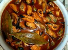 Mejillones en escabeche Seafood Recipes, Appetizer Recipes, New Recipes, Appetizers, Cooking Recipes, Savoury Dishes, Tasty Dishes, Ceviche, Spanish Food