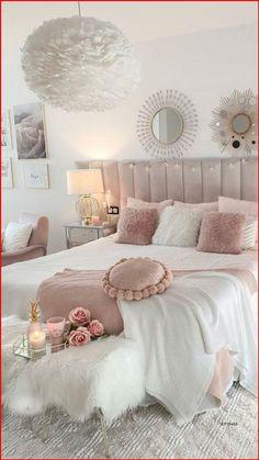Teen Bedroom Designs, Bedroom Decor For Teen Girls, Cute Bedroom Ideas, Room Design Bedroom, Room Ideas Bedroom, Home Decor Bedroom, Bedroom Ideas For Women In Their 20s, Blush Bedroom Decor, Cute Teen Bedrooms