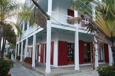 This building near the waterfront, known as the Red Doors, was once a bar popular with shrimpers (a rough crowd). Today it's an upscale boutique featuring jewelry and linen clothing.