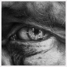 Through the iris ii - Photorealistic Eyes by Armin Mersmann  <3 !
