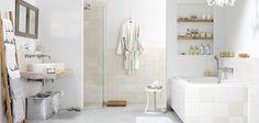 Landelijke badkamer met houtelementen