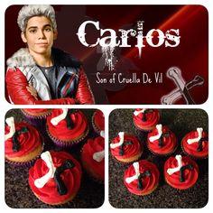the descendants carlos party idea Carlos Descendants, Descendants Cake, Disney Descendants, 6th Birthday Parties, 8th Birthday, Birthday Ideas, Birthday Cake, Themed Cupcakes, Movie Cupcakes