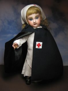My antique Premiere Bleuette in the Ambulance Nurse uniform. Juliette is my first Bleuette Premiere. Vintage Nurse, Vintage Medical, Vintage Dolls, Pretty Dolls, Beautiful Dolls, Nurse Costume, Old Dolls, Dollhouse Dolls, Antique Toys